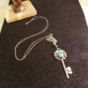 Queen nefertiti/skeleton key necklace